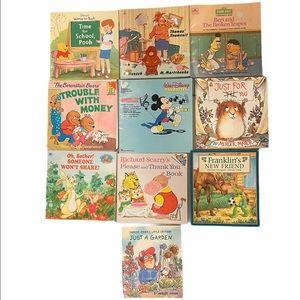 Mixed Vintage 10 book lot. Franklen. Pooh. Munsch